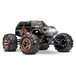 TRAXXAS Auto Summit 4WD...