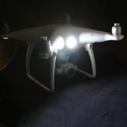 Oświetlenie do dronów